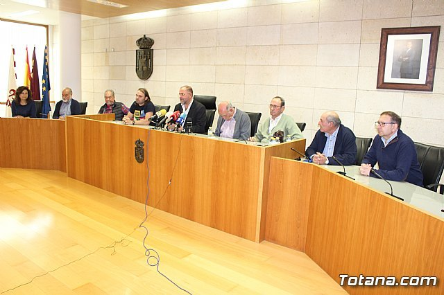 Toman posesi�n los miembros del nuevo Consejo de Direcci�n del Centro Municipal de Personas Mayores que preside Pedro Tudela Rosa, Foto 4