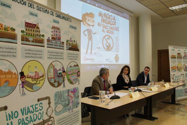 Alcaldesa y directivos de ESAMUR y ACCIONA presentan la campaña municipal de concienciación '¡No viajes al pasado!, no tires toallitas al váter' - 1, Foto 1