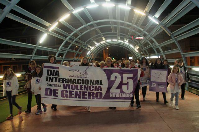 Marcha solidaria para la eliminación de la violencia contra la mujer en Puerto Lumbreras - 1, Foto 1
