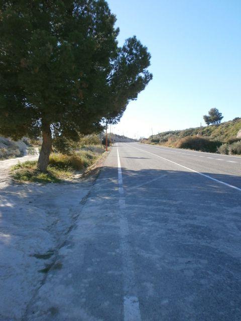 Fomento licita las obras para la mejora de la seguridad vial en la carretera que une el centro urbano de Albudeite con el cementerio - 1, Foto 1