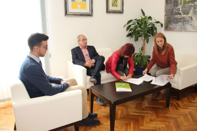 El Ayuntamiento y ACUDE renuevan su convenio, Foto 3