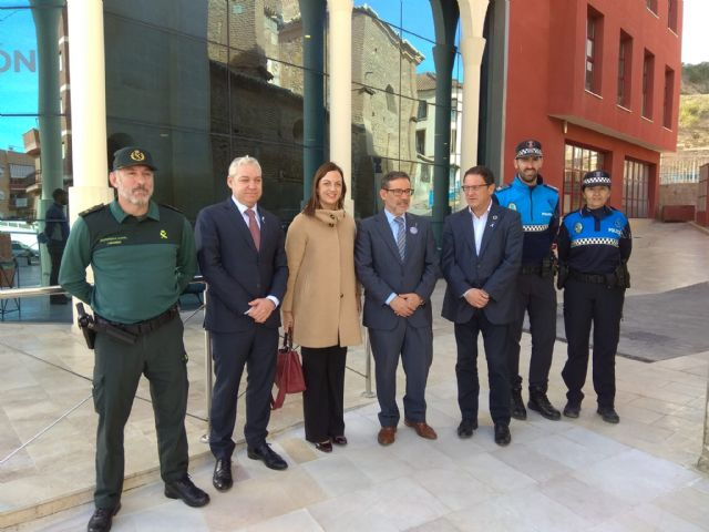 La Jefatura Provincial de Tráfico y Mazarrón firman un acuerdo pionero en la Región de Murcia para fomentar los desplazamientos activos y sostenibles entre los escolares - 3, Foto 3