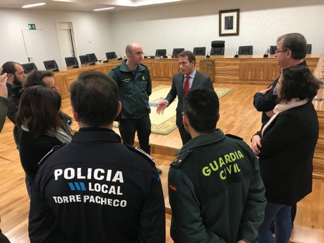El Alcalde recibe al nuevo Capitán Jefe de la IV Compañía de la Guardia Civil, Manuel Gil Rozas - 3, Foto 3