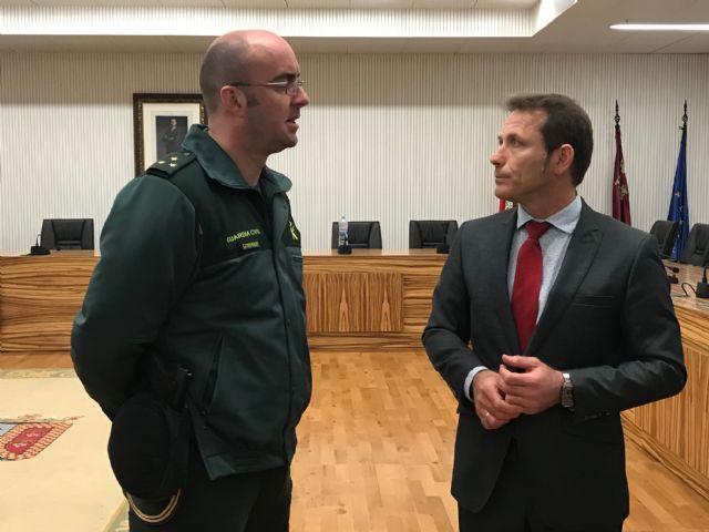 El Alcalde recibe al nuevo Capitán Jefe de la IV Compañía de la Guardia Civil, Manuel Gil Rozas - 4, Foto 4