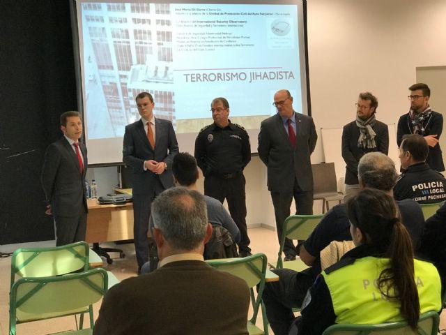 75 policías participan en la Jornada Técnico formativa Terrorismo Yihadista, amenaza en entornos urbanos en el Centro de Seguridad Ciudadana de Torre-Pacheco - 2, Foto 2
