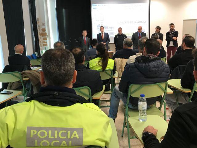 75 policías participan en la Jornada Técnico formativa Terrorismo Yihadista, amenaza en entornos urbanos en el Centro de Seguridad Ciudadana de Torre-Pacheco - 3, Foto 3