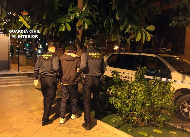 La Guardia Civil esclarece una decena de robos en garajes comunitarios de Alguazas - 2, Foto 2