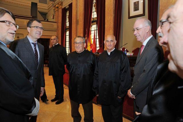 Tradición y honra huertana para dirimir los conflictos de riego en el Consejo de Hombres Buenos - 2, Foto 2
