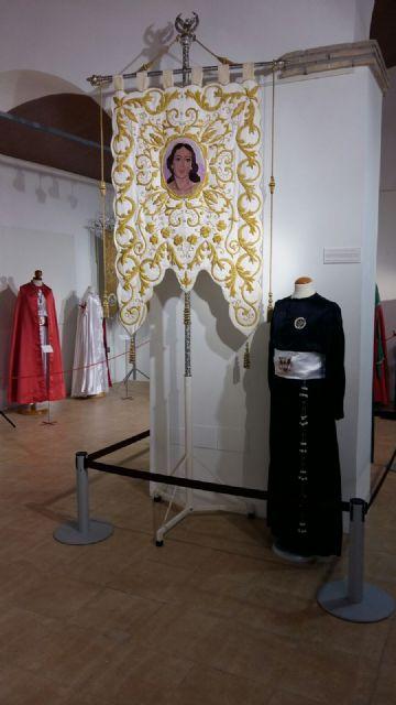 La Hermandad de San Juan Evangelista de Totana participa en una exposición en Alhama de Murcia, Foto 6