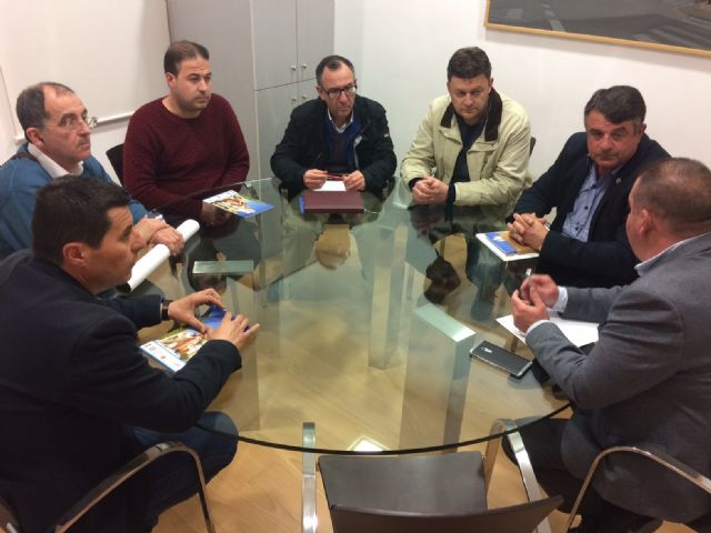 The mayor has an institutional meeting with the Board of Directors of the Illustrious Superior Chapter of Processions, Foto 3