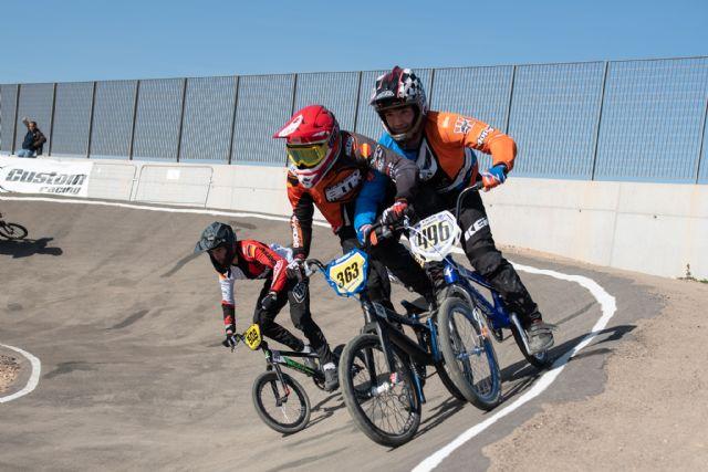 220 pilotos de BMX compiten en Mazarrón en la prueba más internacional de España, Foto 1