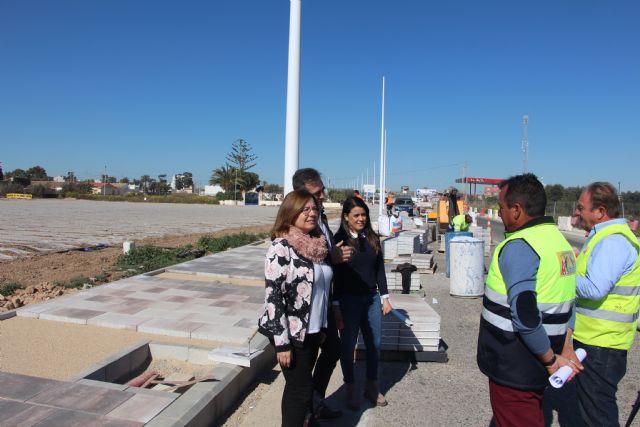 El Ayuntamiento mejora el acceso al municipio por la Avenida del Puerto - 2, Foto 2