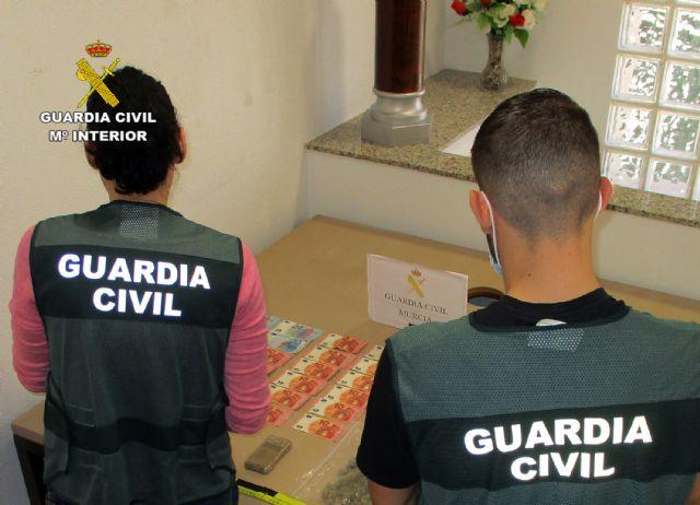 La Guardia Civil desmantela un activo punto de venta de drogas en San Javier - 2, Foto 2