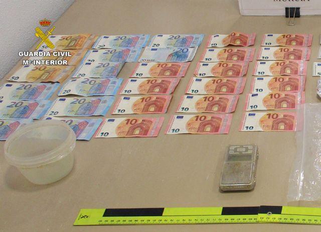 La Guardia Civil desmantela un activo punto de venta de drogas en San Javier - 5, Foto 5