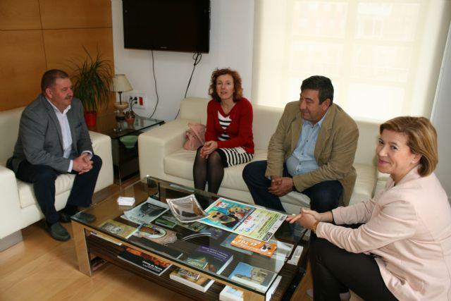 El alcalde se reúne con directivos del Colegio Profesionales de Educadores Sociales de la Región de Murcia - 2, Foto 2