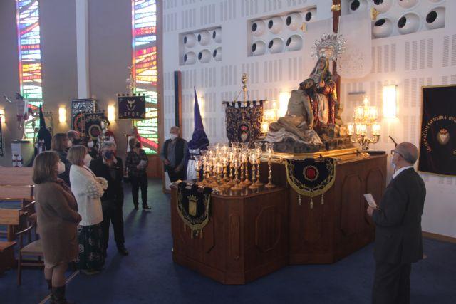 La Iglesia de la Santísima Trinidad acoge una exposición para conmemorar una Semana Santa diferente - 1, Foto 1