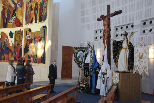 La Iglesia de la Santísima Trinidad acoge una exposición para conmemorar una Semana Santa diferente - 2, Foto 2