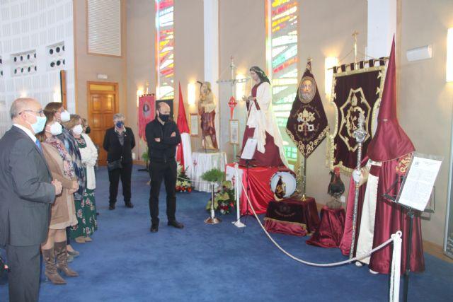 La Iglesia de la Santísima Trinidad acoge una exposición para conmemorar una Semana Santa diferente - 3, Foto 3