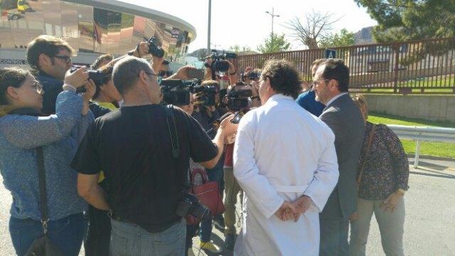 Servicios de emergencia acuden a sofocar un incendio declarado en las instalaciones de la empresa ElPozo, en Alhama de Murcia, Foto 6