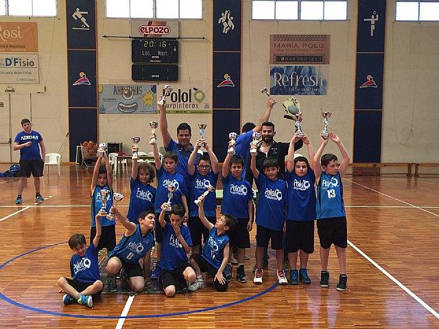 El C.B Alhama Pololo Carpinteros benjamín mixto de baloncesto, Campeones de Liga 2016, Foto 5