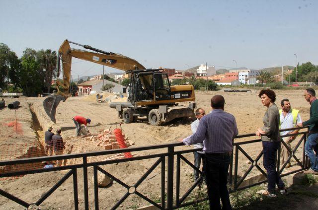 El Ayuntamiento inicia las obras de mejora de la red de saneamiento en el Camino Tío Félix de Puerto Lumbreras - 1, Foto 1