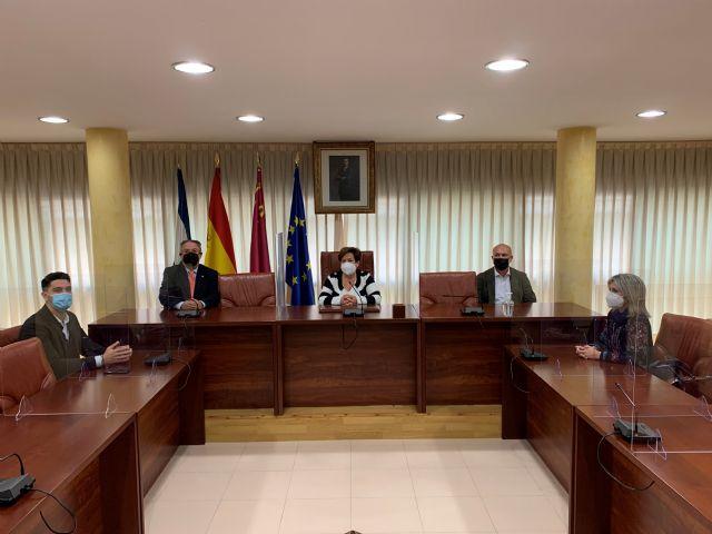 El vicerrector de la UMU ofrece una videoconferencia a los alumnos de 1° de Bachillerato de Águilas - 1, Foto 1