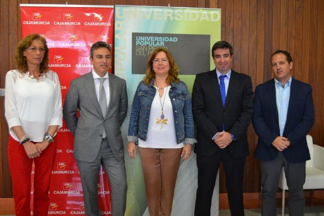 La Fundación CajaMurcia destina 3.000 euros a  la Universidad Popular de San Pedro - 2, Foto 2