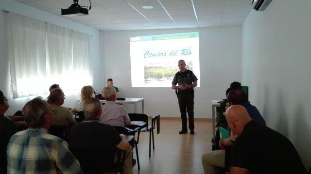 La Guardia Civil de la Región de Murcia imparte una charla a agricultores y ganaderos de Campos del Río para evitar robos en las explotaciones del campo - 2, Foto 2