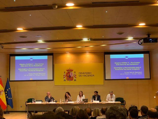 El concejal de Proyectos Europeos participa en las Jornadas Presente y Futuro del Eje Urbano - 4, Foto 4