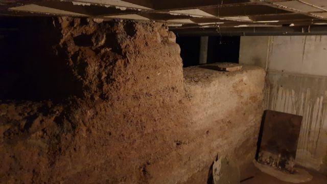 Los restos arqueológicos que se encuentran en un bajo comercial de la calle Sagasta serán recuperados - 2, Foto 2