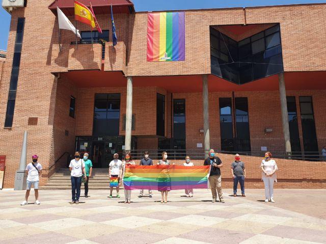 El Ayuntamiento de Molina de Segura se suma a las voces que claman por la igualdad en el Día Internacional del Orgullo 2020 - 2, Foto 2