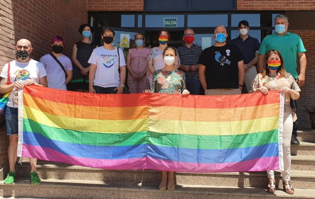 El Ayuntamiento de Molina de Segura se suma a las voces que claman por la igualdad en el Día Internacional del Orgullo 2020 - 3, Foto 3