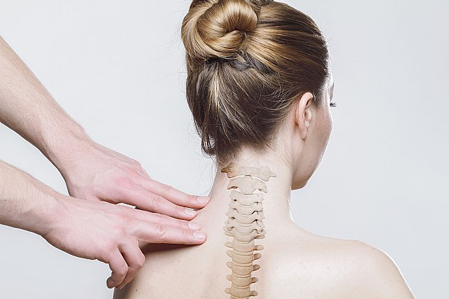 Los suplementos se necesitan para fortalecer la columna vertebral - 1, Foto 1
