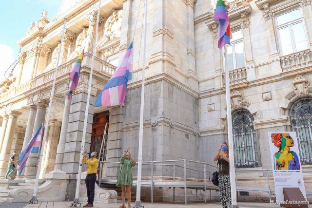 La alcaldesa invita a engalanar los balcones y fachadas con distintivos LGTBI para celebrar el Día del Orgullo - 1, Foto 1