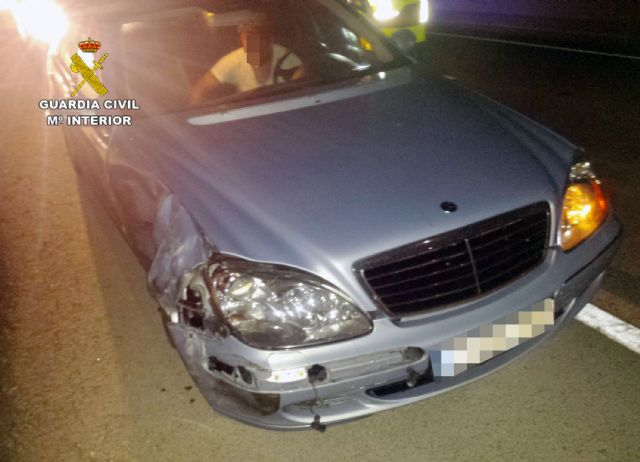The Civil Guard arrested a drunk driver who fled after colliding with another vehicle, Foto 2