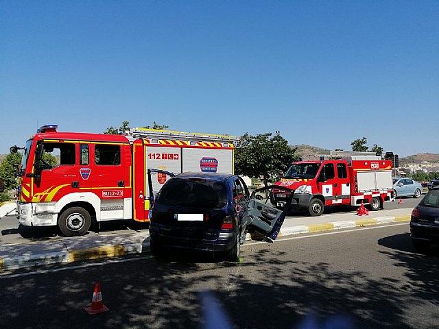 Rescatan y trasladan al hospital a un herido en accidente de tráfico - 1, Foto 1