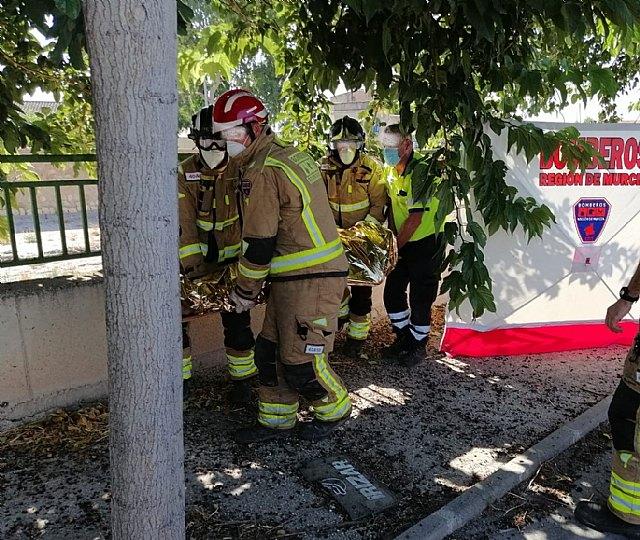 Rescatan y trasladan al hospital a un herido en accidente de tráfico - 2, Foto 2