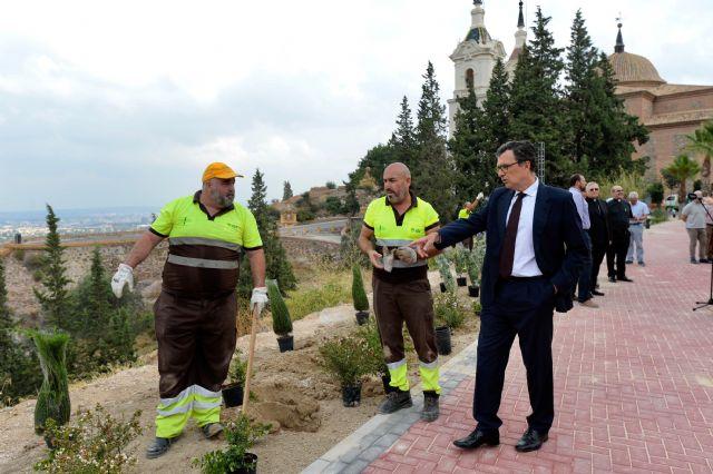El Ayuntamiento pone a punto el Santuario de la Fuensanta con la construcción de un nuevo mirador de 1.000m2 - 4, Foto 4