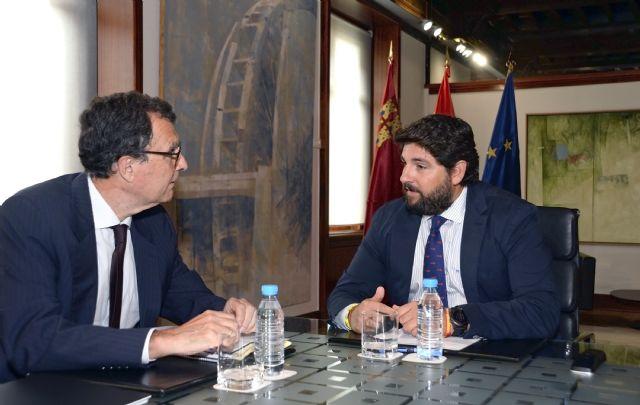 El presidente de la Comunidad, Fernando López Miras, se reúne con el alcalde de Murcia, José Ballesta - 1, Foto 1