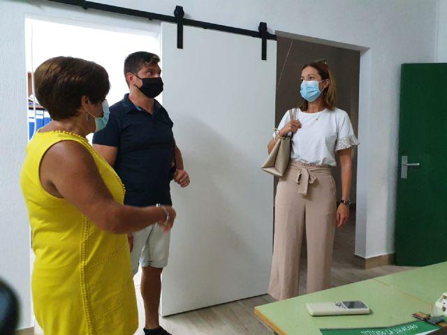 Las obras de mantenimiento y adaptación al protocolo sanitario por la COVID-19 marca el inicio del curso escolar - 1, Foto 1