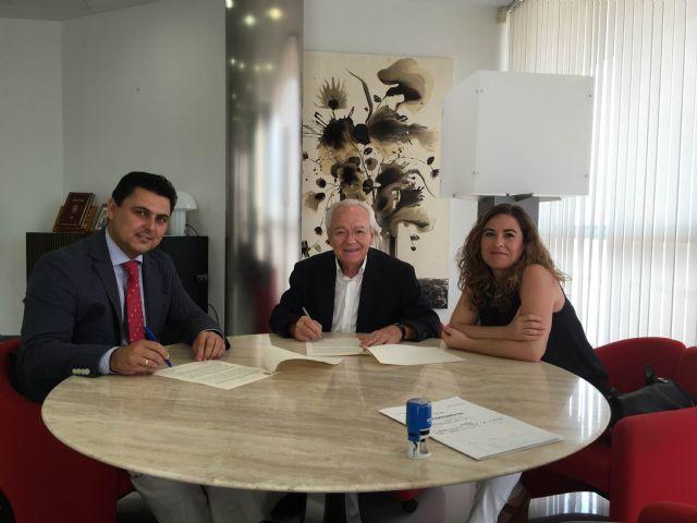 El Ayuntamiento de San Javier renueva su colaboración con Proyecto Hombre - 1, Foto 1