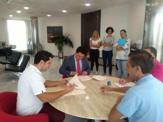 Primer convenio de colaboración con la Fundación RafaPuede - 1, Foto 1