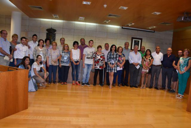 Se presenta y toma posesión la nueva Junta Local de la Asociación Española contra el Cáncer (AECC)