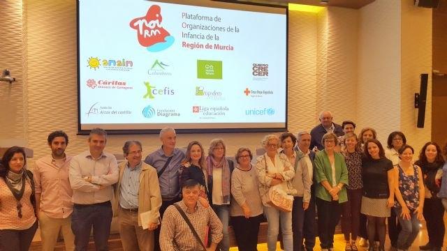 La Comunidad destina cerca de 3 millones de euros a proyectos de apoyo a la familia y la infancia - 1, Foto 1