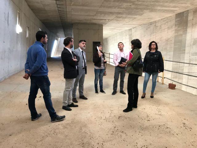 El Alcalde de Torre-Pacheco, muestra el edificio del futuro Museo de Paleoantología y de la Evolución Humana al Director General de Bienes Culturales - 2, Foto 2