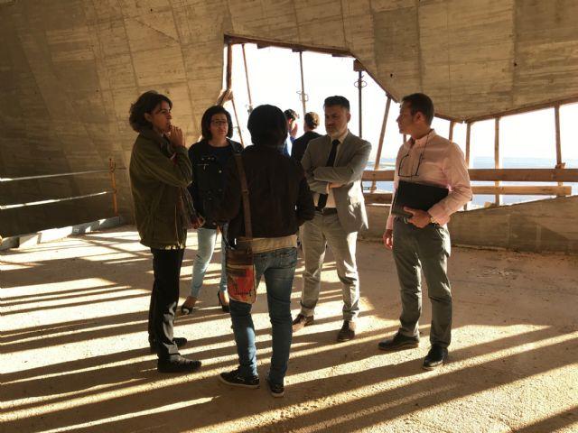El Alcalde de Torre-Pacheco, muestra el edificio del futuro Museo de Paleoantología y de la Evolución Humana al Director General de Bienes Culturales - 4, Foto 4