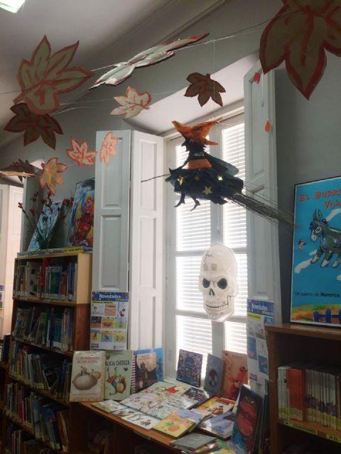 La Biblioteca Municipal Mateo García se prepara para la festividad de Halloween 2018 - 5, Foto 5