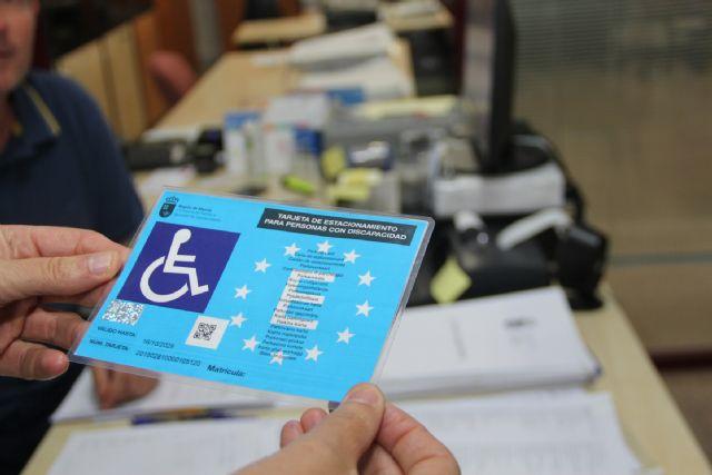 Reducen el tiempo de espera para obtener la tarjeta de estacionamiento de personas con discapacidad en Puerto Lumbreras - 2, Foto 2