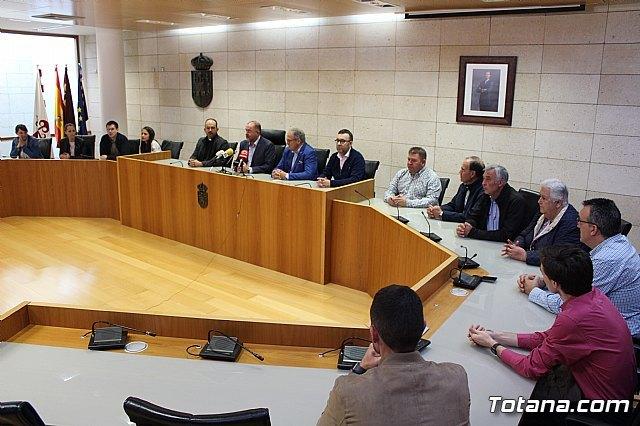 El Ayuntamiento de Totana realiza una recepci�n institucional a la delegaci�n de la ciudad hermana de M�rida, Foto 2