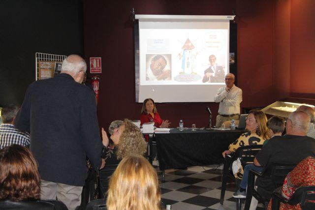 Francisco Antonio Ortega presenta en San Pedro del Pinatar varias de sus publicaciones sobre educación - 1, Foto 1